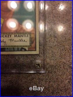 1952 Topps Mickey Mantle Rookie Card