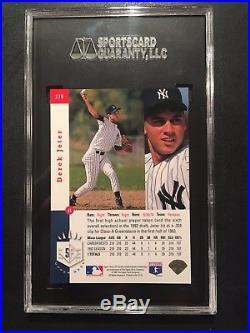 1993 SP Foil #279 Derek Jeter New York Yankees RC Rookie SGC 98 GEM 10 POP 1