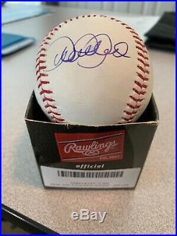Derek Jeter Autographed Baseball New York Yankees JSA Certified