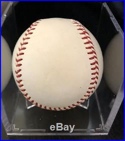 Roger Maris Single Signed Baseball- Psa Loa- No Reserve