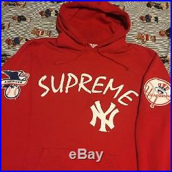 Supreme New York Yankees Hoodie Box Logo